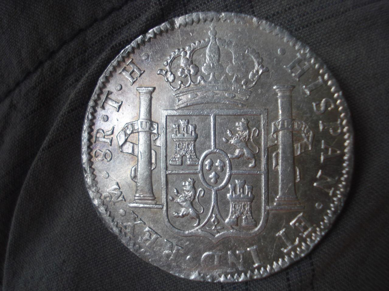 8 reales 1805 TH Carlos IIII Mexico. DSC02916