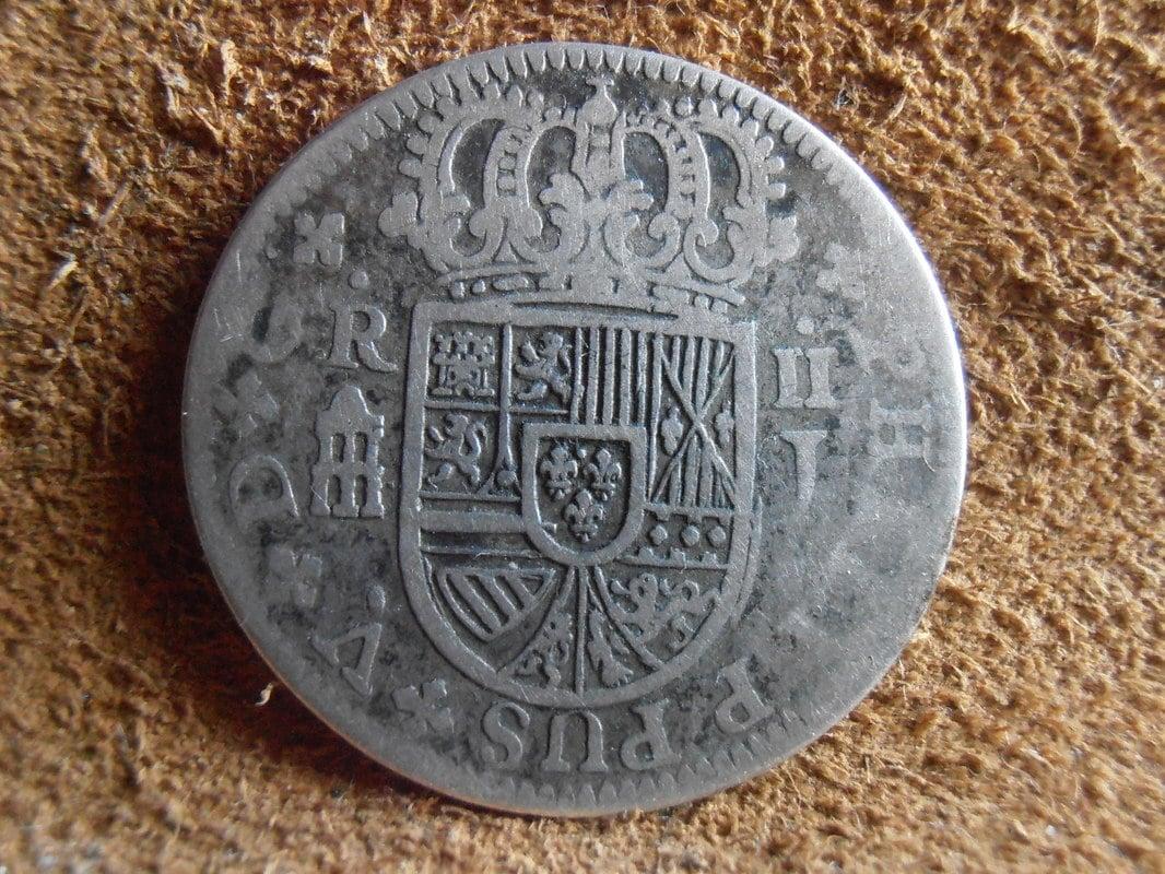 2 reales de Felipe V - Segovia: VARIANTES P4100006