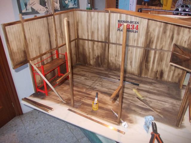 "Diorama: taller mecánico ""de toda la vida"" escala 1/10 DSCN4732"