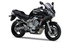 Orígen, historia y evolución | Yamaha FZ6 - Fazer 2006_FZ6_S_Negro