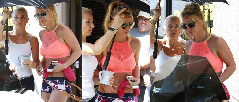 Britney no estúdio de dança Untitled-2