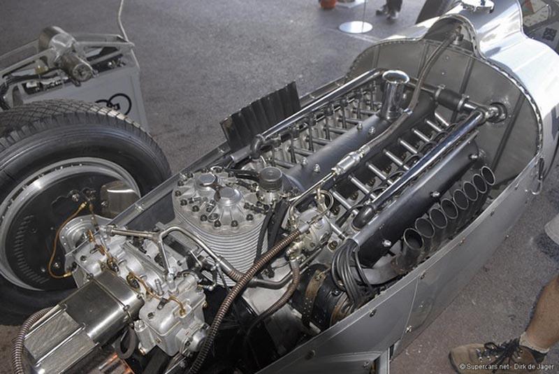 1937 Auto Union Type C V16 Streamliner MOTOR_4