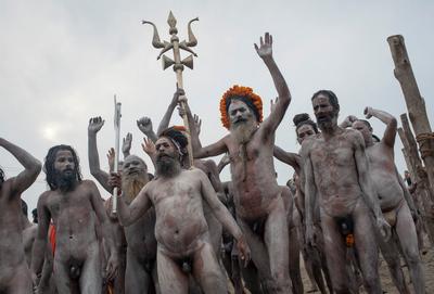 Hindouisme et adoration de pénis Aaaaa