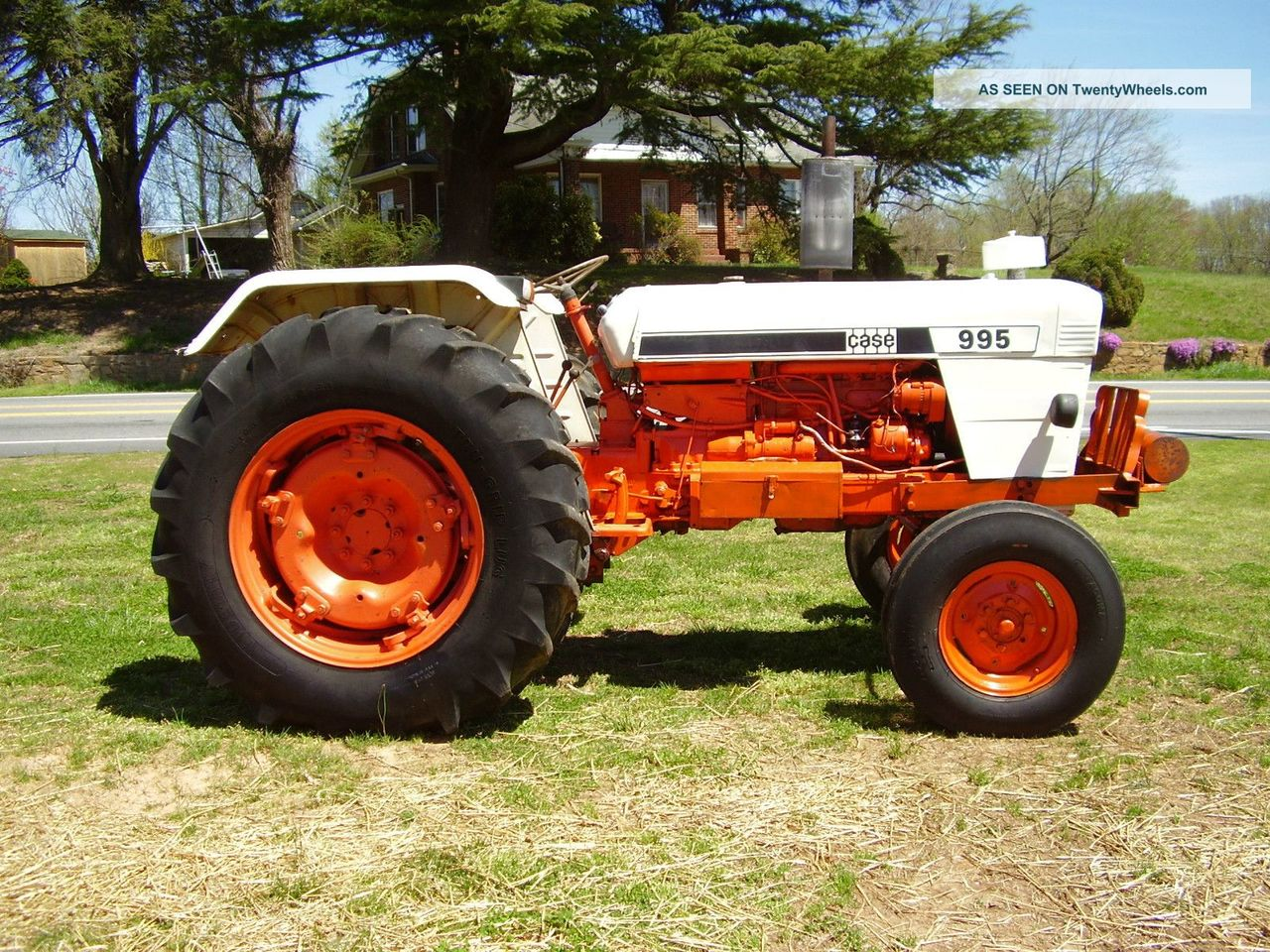 Hilo de tractores antiguos. - Página 40 J_I_CASE_995_DVID_BROWN