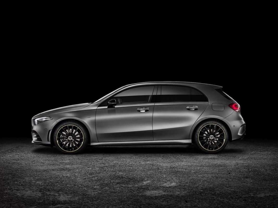 Classe A 2019 revelado 2019-_Mercedes-_Benz-_A-_Class-_Hatch-55