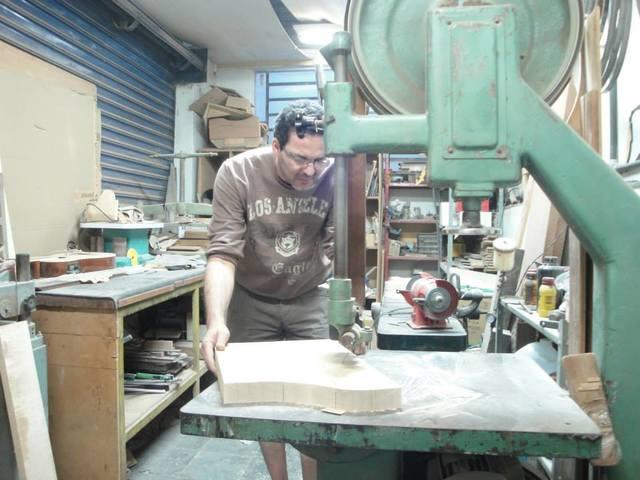 Visita à lutheria ACS (Ademir luthier) em Belo Horizonte 1463003_329536910522697_1741346545_n