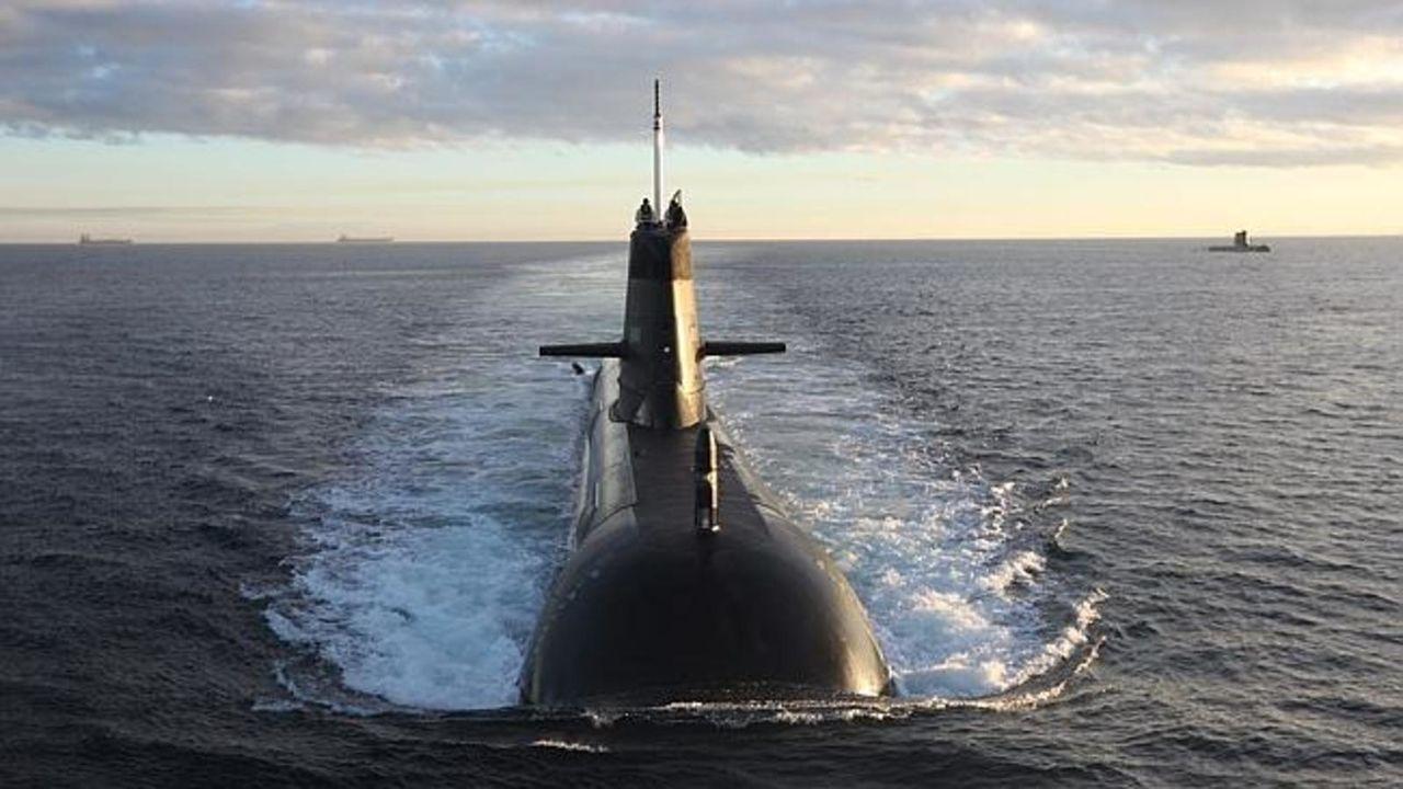 Submarino Clase SORYU(DRAGON AZUL) - Tecnologia avanzada y clasificada (sin compartir sus adelantos) SORYUCLASS