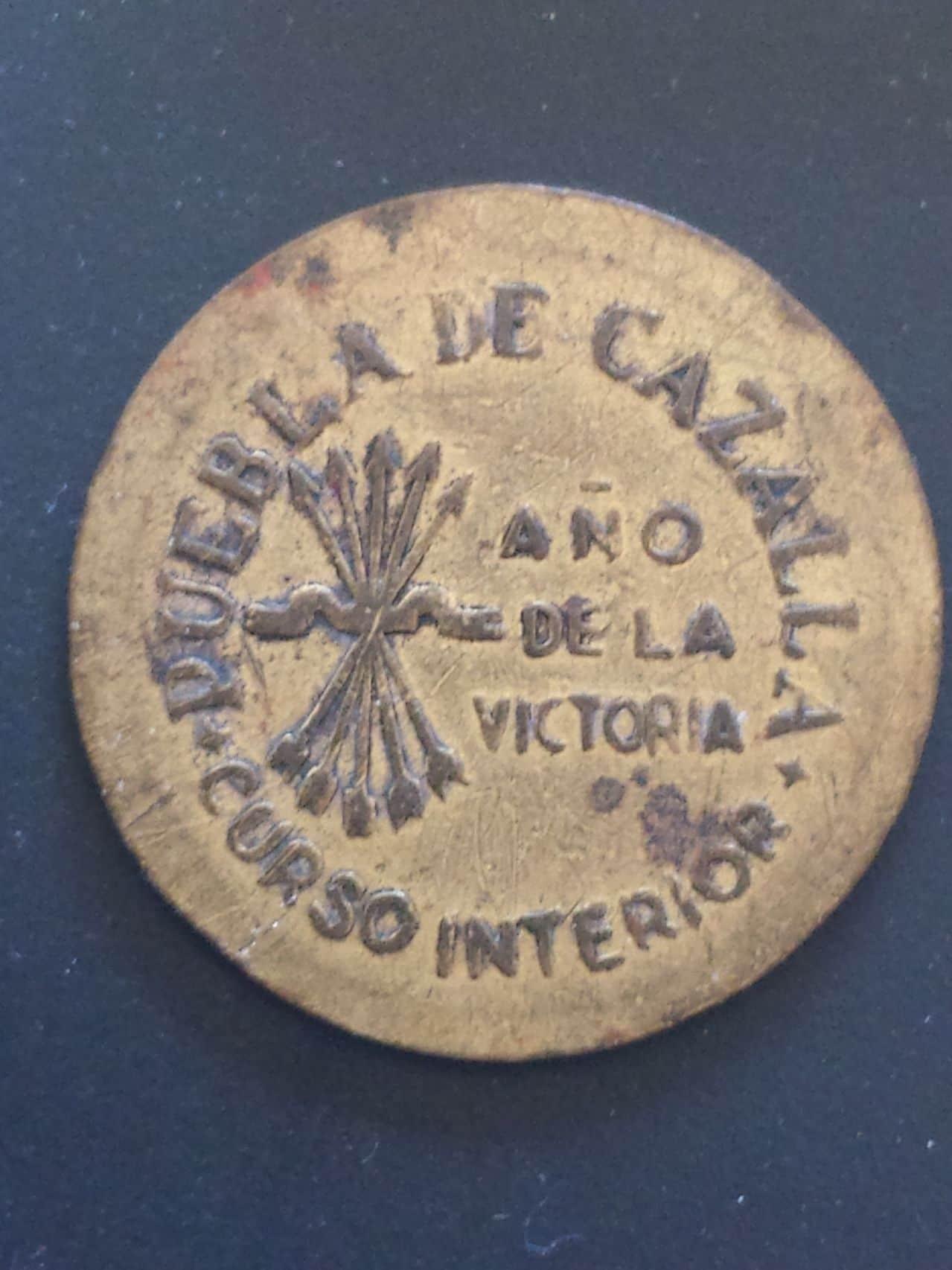 Monedas y fichas de Puebla de Cazalla 20150306_120625