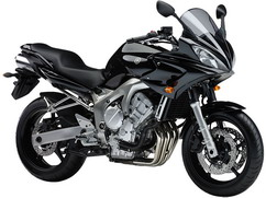 Orígen, historia y evolución | Yamaha FZ6 - Fazer 2005_FZ6_S_Negro