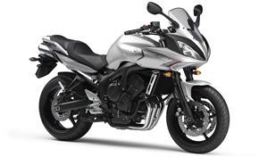 Orígen, historia y evolución | Yamaha FZ6 - Fazer 2008_FZ6_S2_Gris