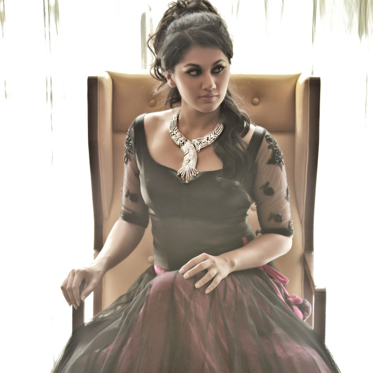 Lovely Taapsee Pannu new PhotoShoot images Tapsee_Latest_Hot_Photo_Shoot_4