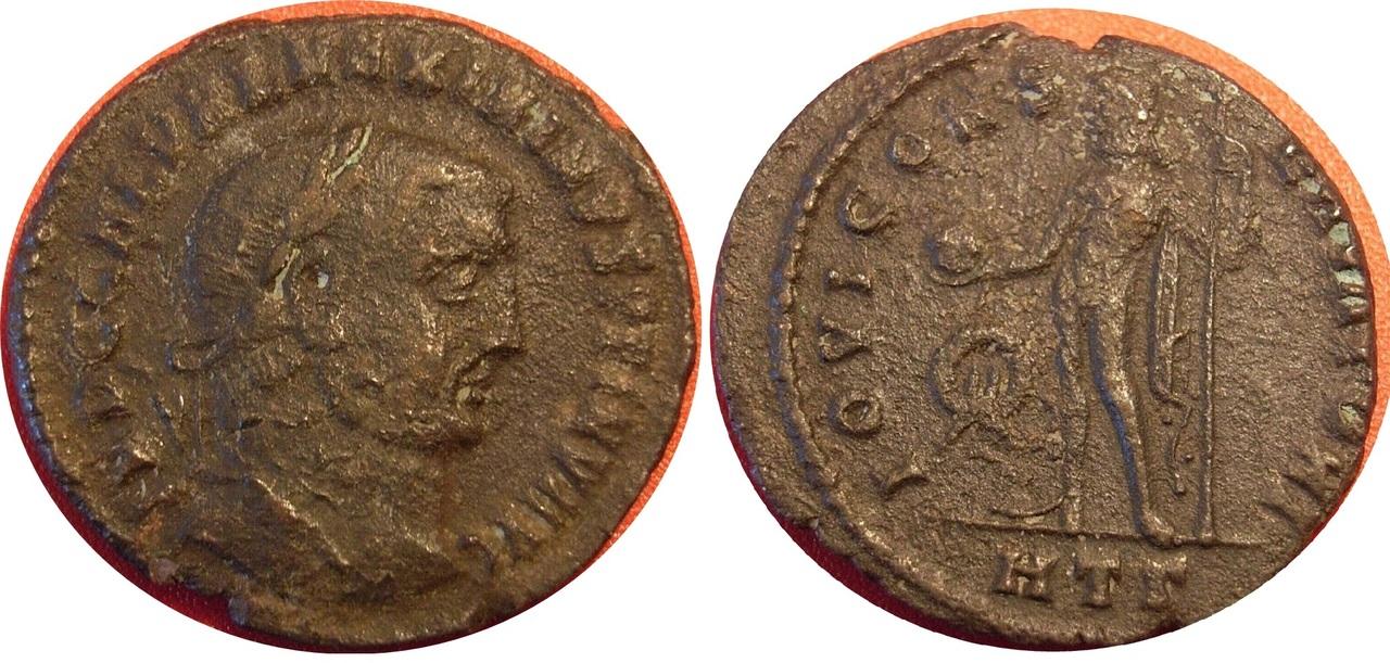 Nummus de Maximino II Daza. Maximinus_ii