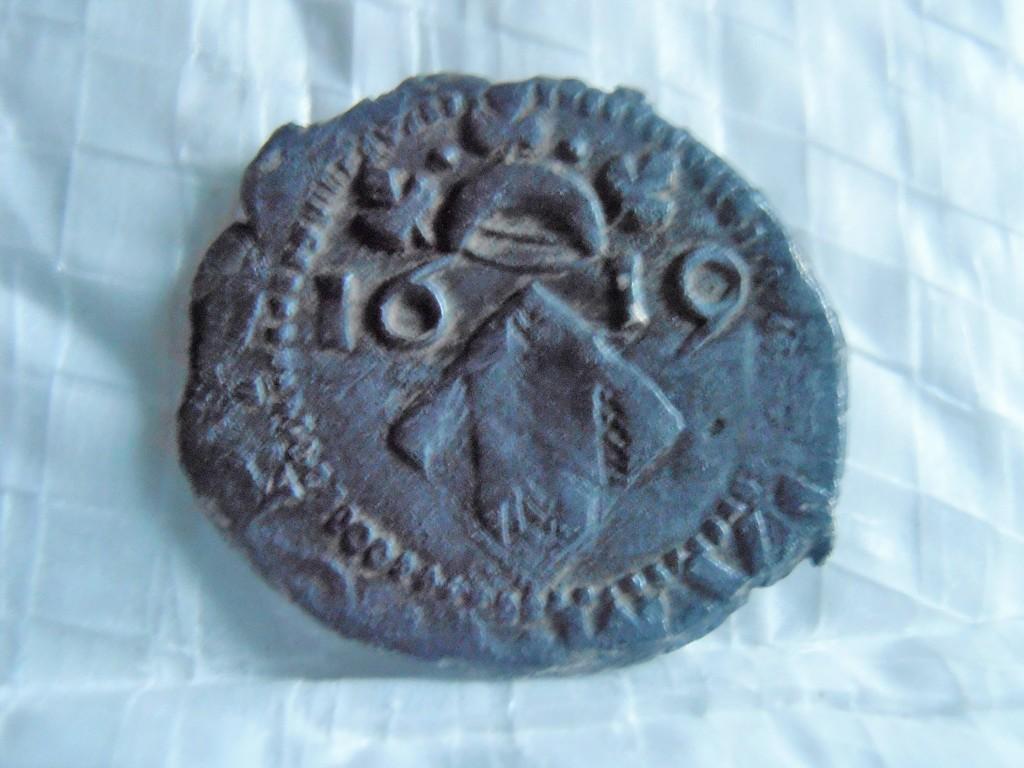 Dieciocheno valenciano de Felipe III de 1619 P9100016