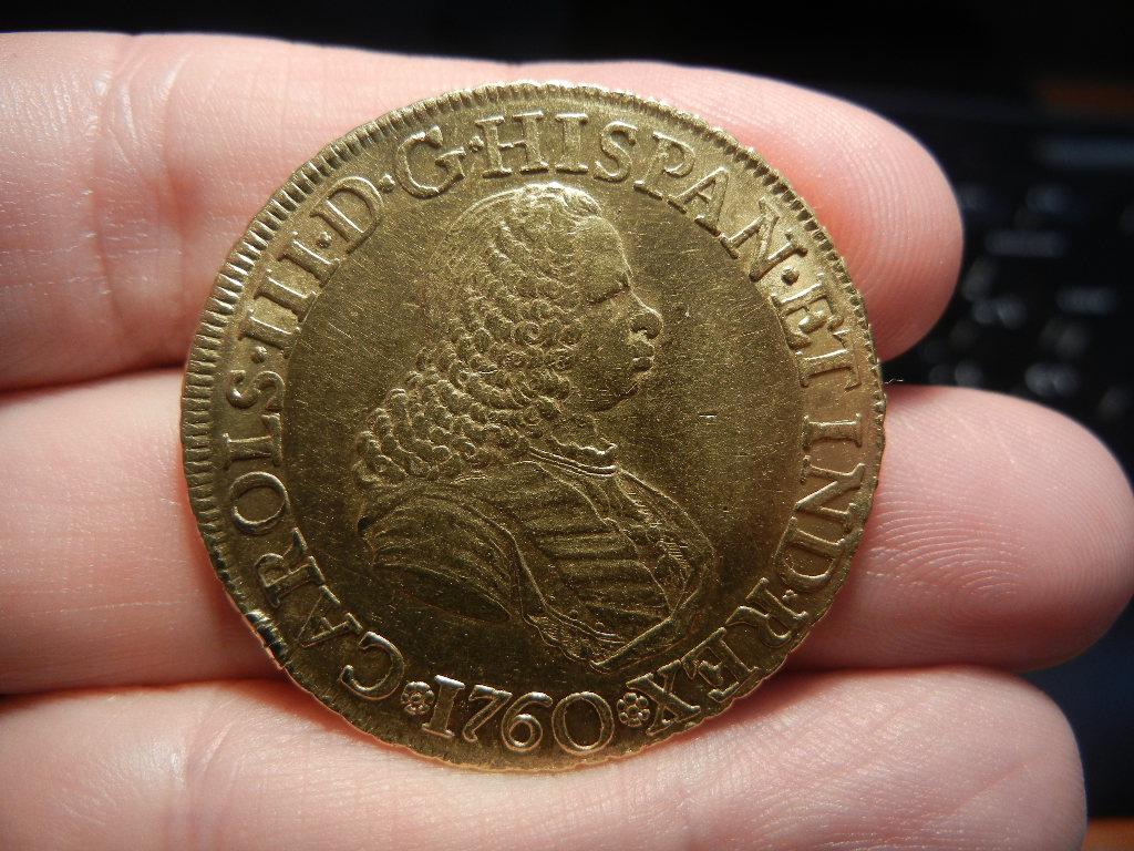 8 escudos 1760. Nuevo Reino. Carlos III. Busto de Fernando VI 8_escudos_nuevo_reino_anverso