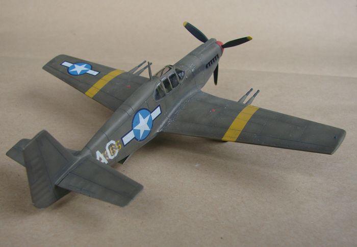 P-51 Mustang, Academy i P-51B Mustang (rebuild) Revell, 1/72 DSC02587
