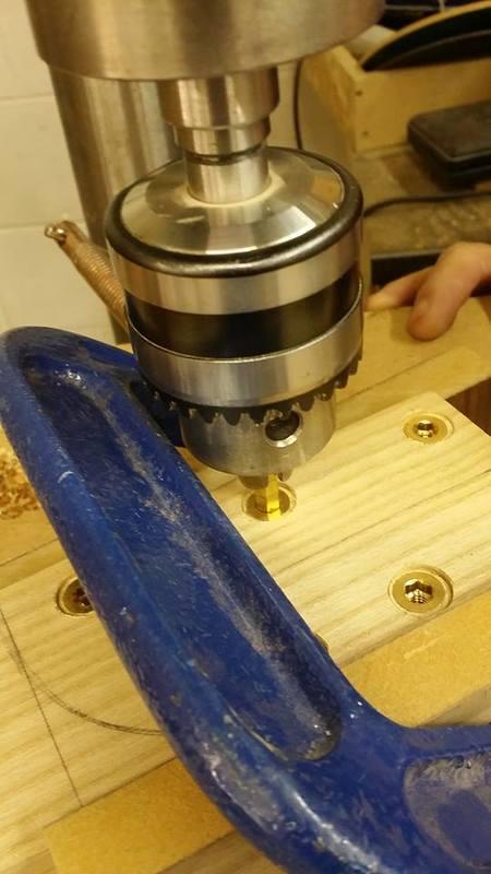 Construção caseira (amadora)- Bass Single cut 5 strings - Página 5 702735_10153850656559874_958149846_n