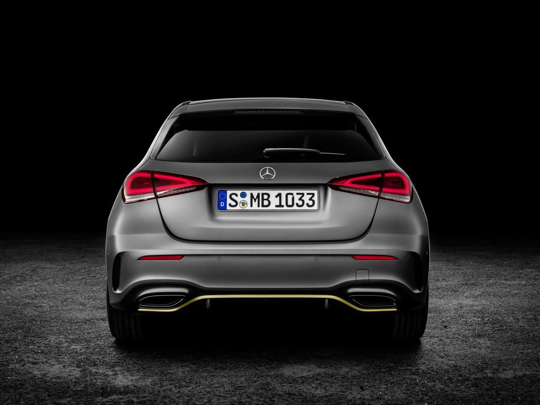 Classe A 2019 revelado 2019-_Mercedes-_Benz-_A-_Class-_Hatch-60