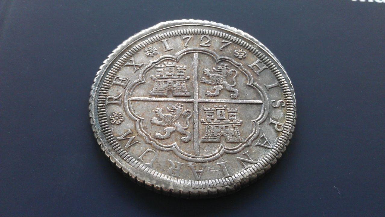 8 reales FELIPE V 1727 Segovia IMAG2177