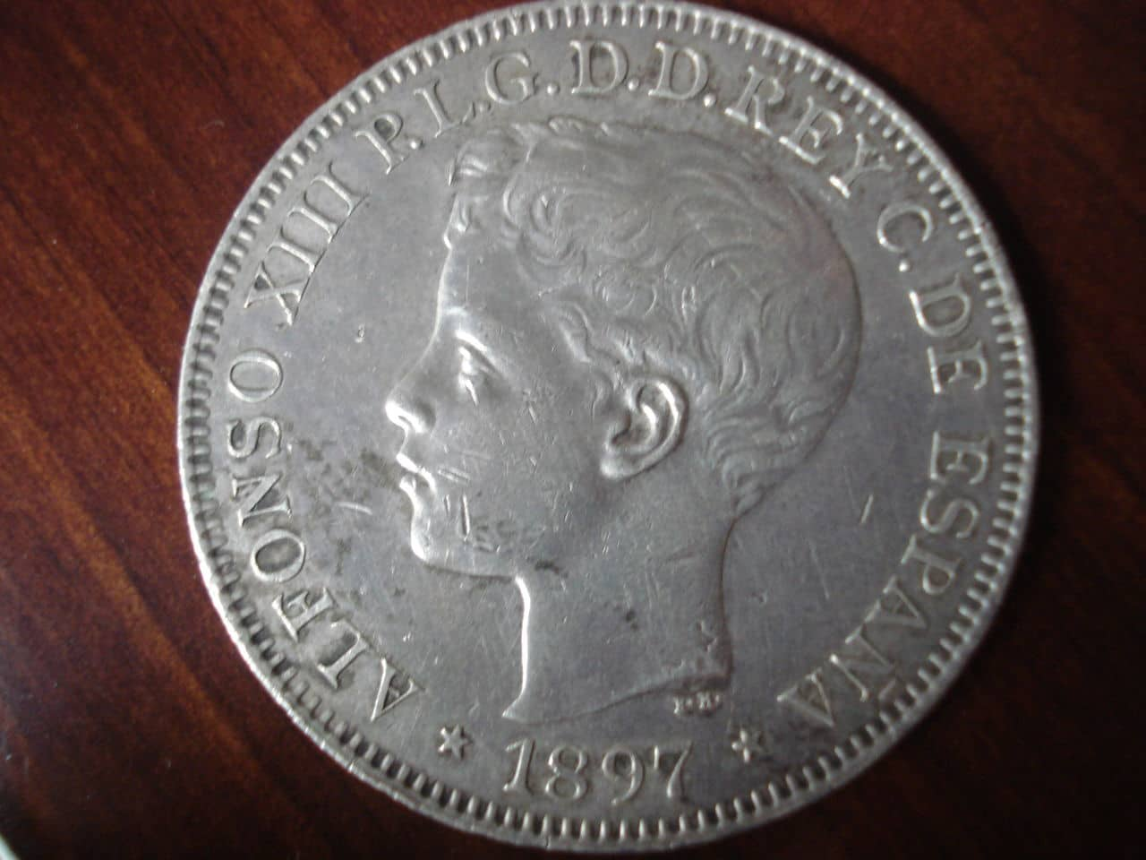 1 Peso 1897 Alfonso XIII  Manila. DSC02538