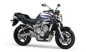 Orígen, historia y evolución | Yamaha FZ6 - Fazer 2005_FZ6_N_Gris