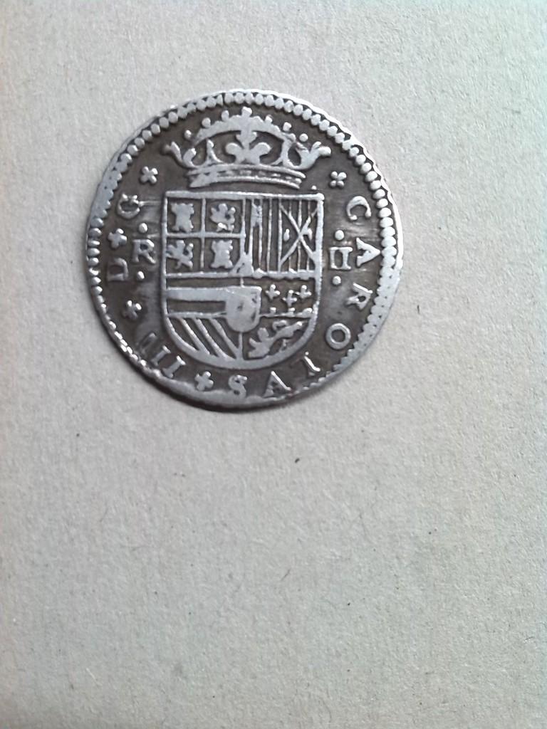 2 reales de Carlos III el pretendiente  Image