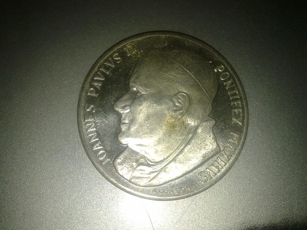 Juan Pablo II / La piedad de Miguel Ángel - S. XX 024