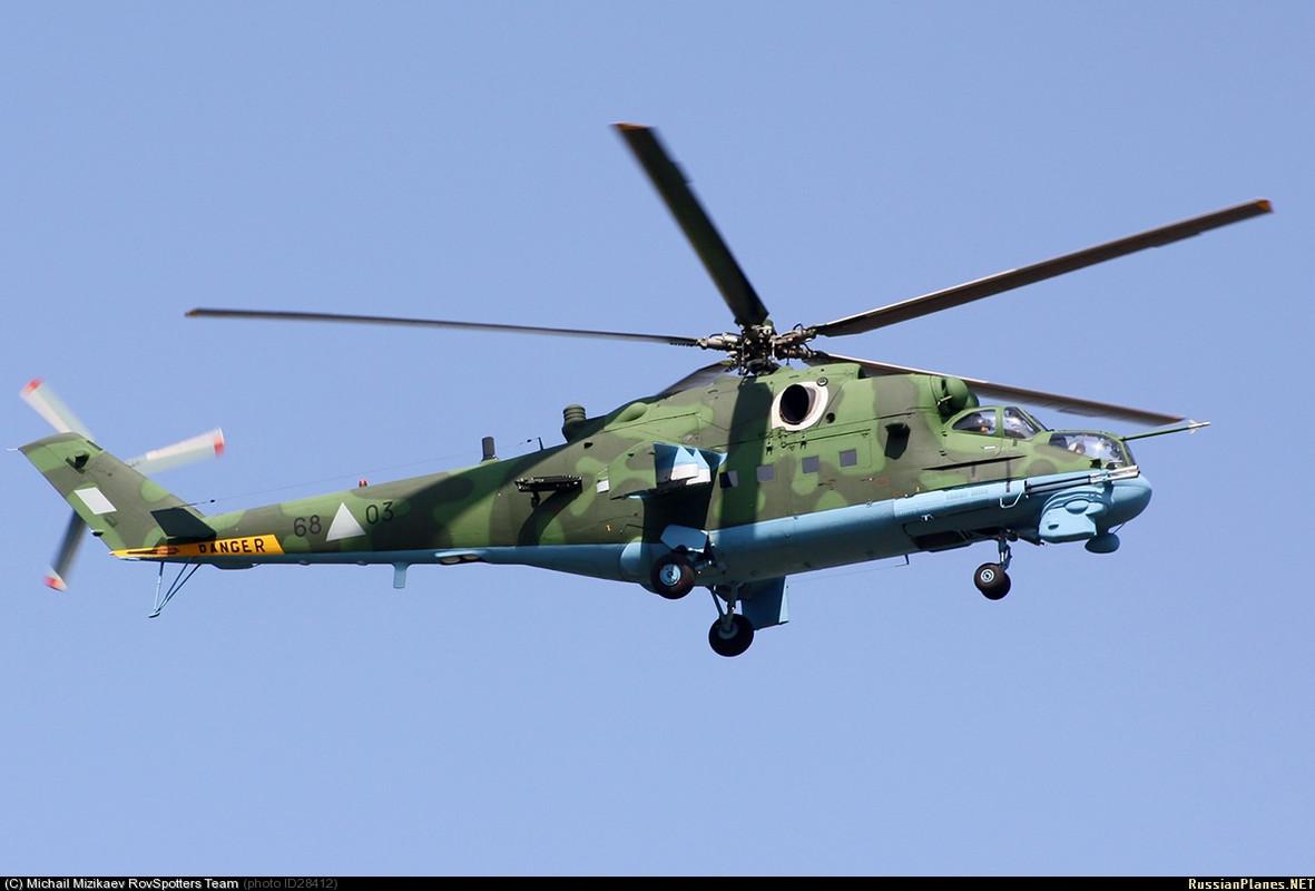 Forces armées birmanes/Myanmar Armed Forces/Tatmadaw Mi_24_P_Hind_F_68_03_20_09_10