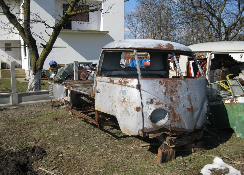 Single cab with enlarged wood bed 1960 IMG_1997