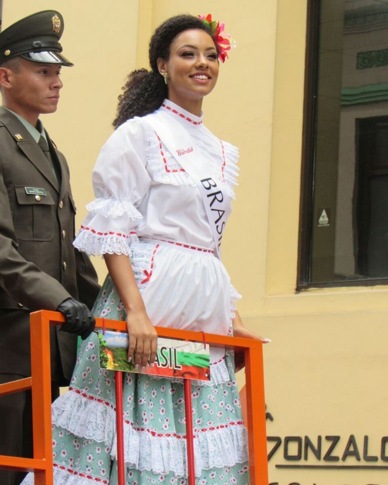 anna lyssa valim, miss brasil rainha internacional do cafe 2018. - Página 3 26156057_375508902914765_4649436281288261632_n