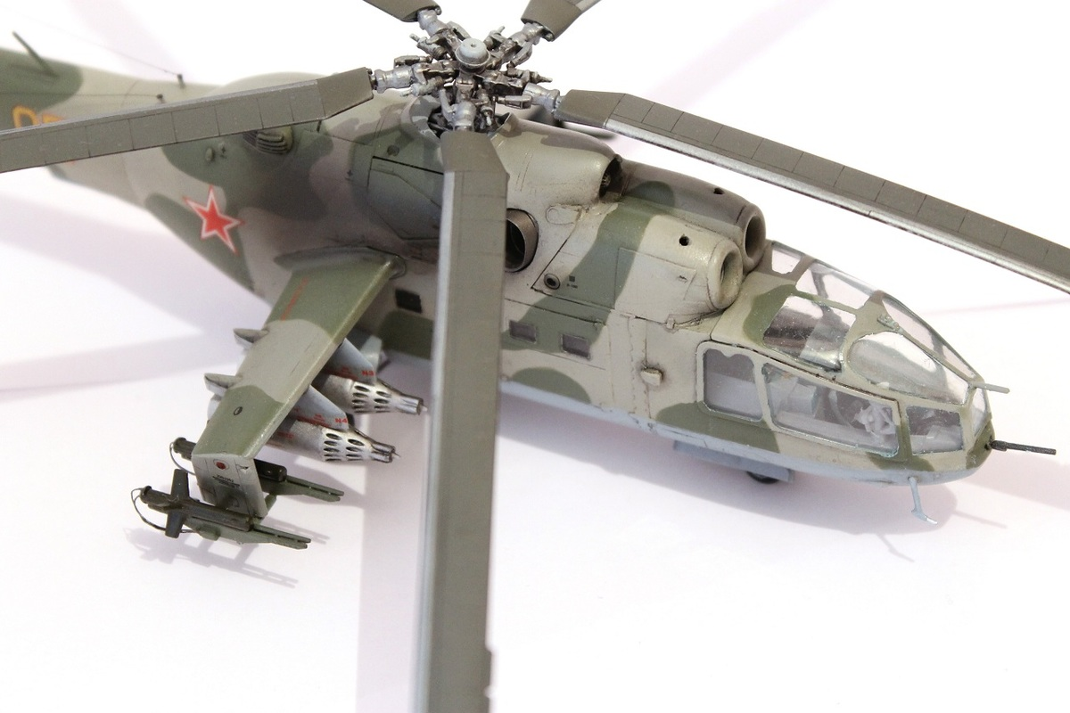 Ми-24А Звезда 1/72 - Страница 3 IMG_2194