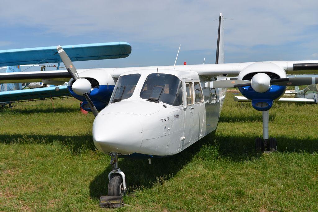 Britten-Norman BN-2 Islander - Pagina 2 DSC_1708_01