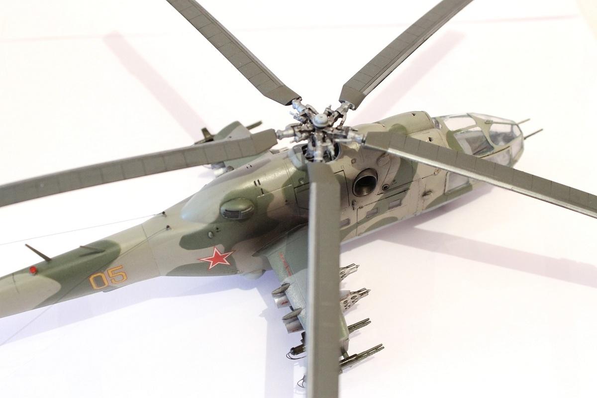 Ми-24А Звезда 1/72 - Страница 3 IMG_2196