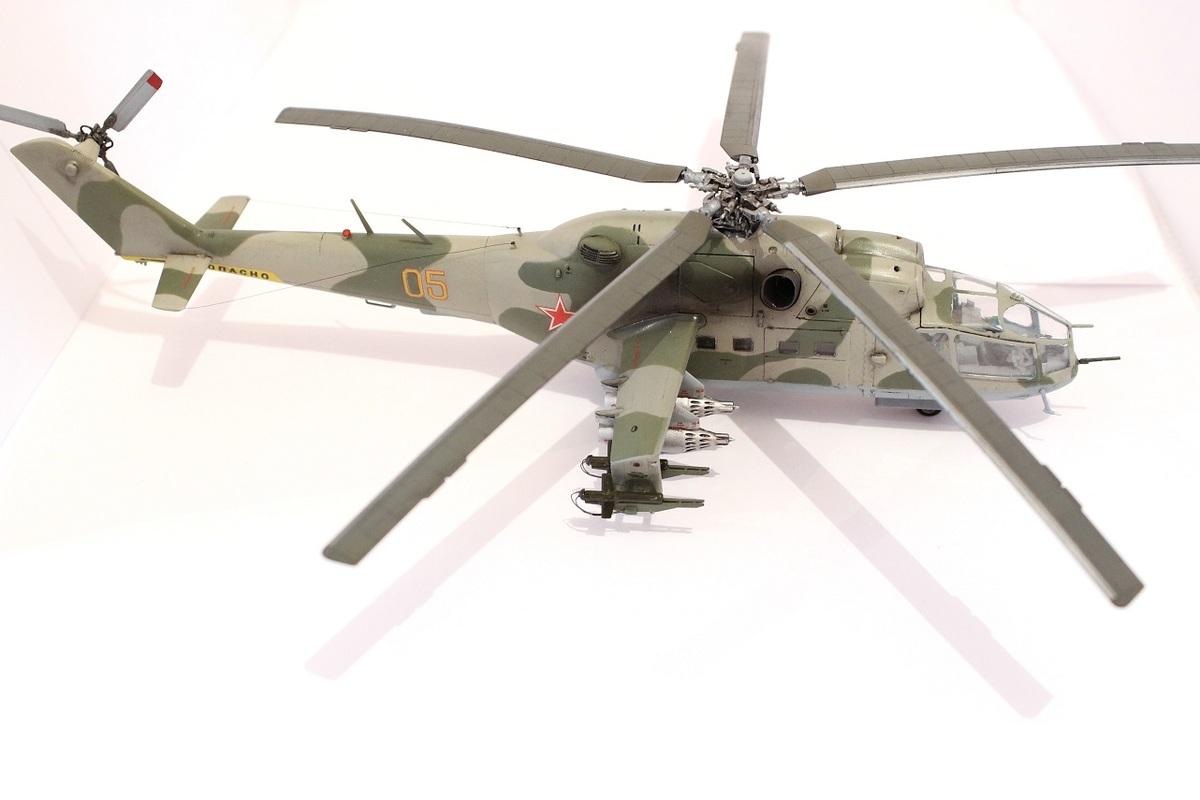 Ми-24А Звезда 1/72 - Страница 3 IMG_2210