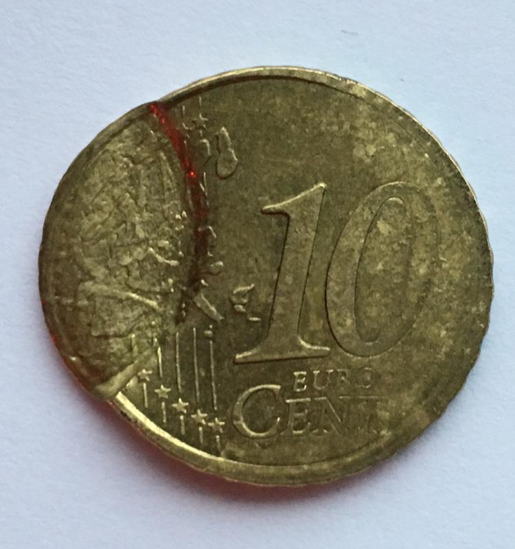 10 céntimos 1999. Francia. ¿Error o manipulación? 88_B97_B72-990_A-4777-82_B9-0_C9330589414