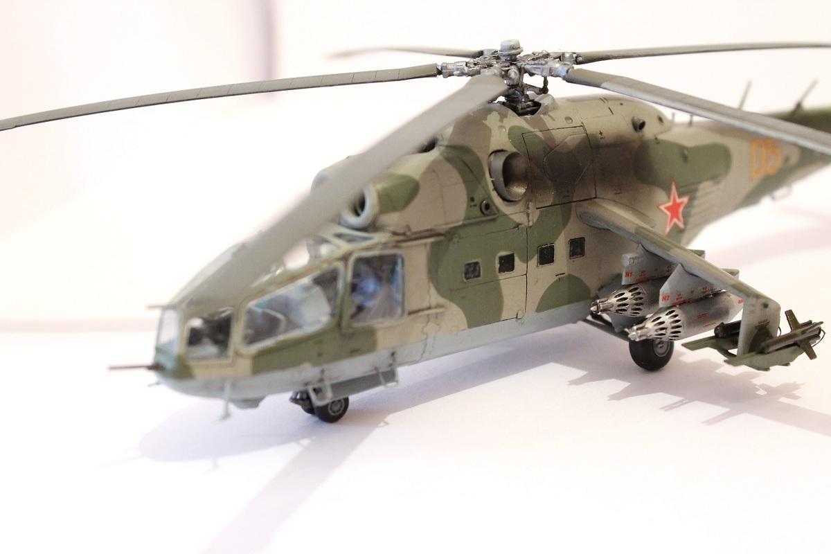 Ми-24А Звезда 1/72 - Страница 3 IMG_2204