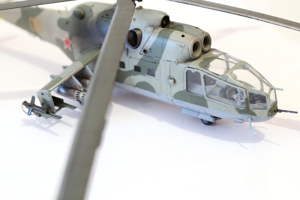 Ми-24А Звезда 1/72 - Страница 3 IMG_2198
