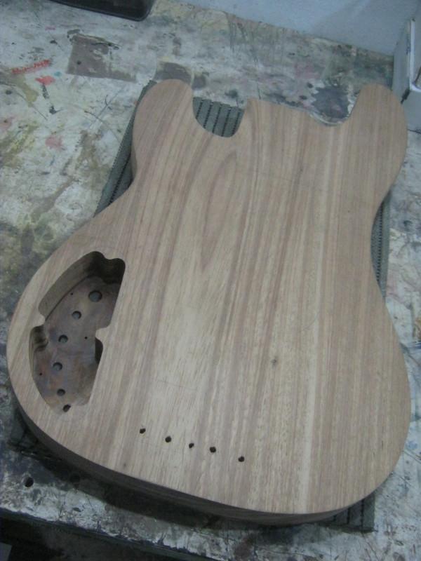 Precision Bass V IMG_3080