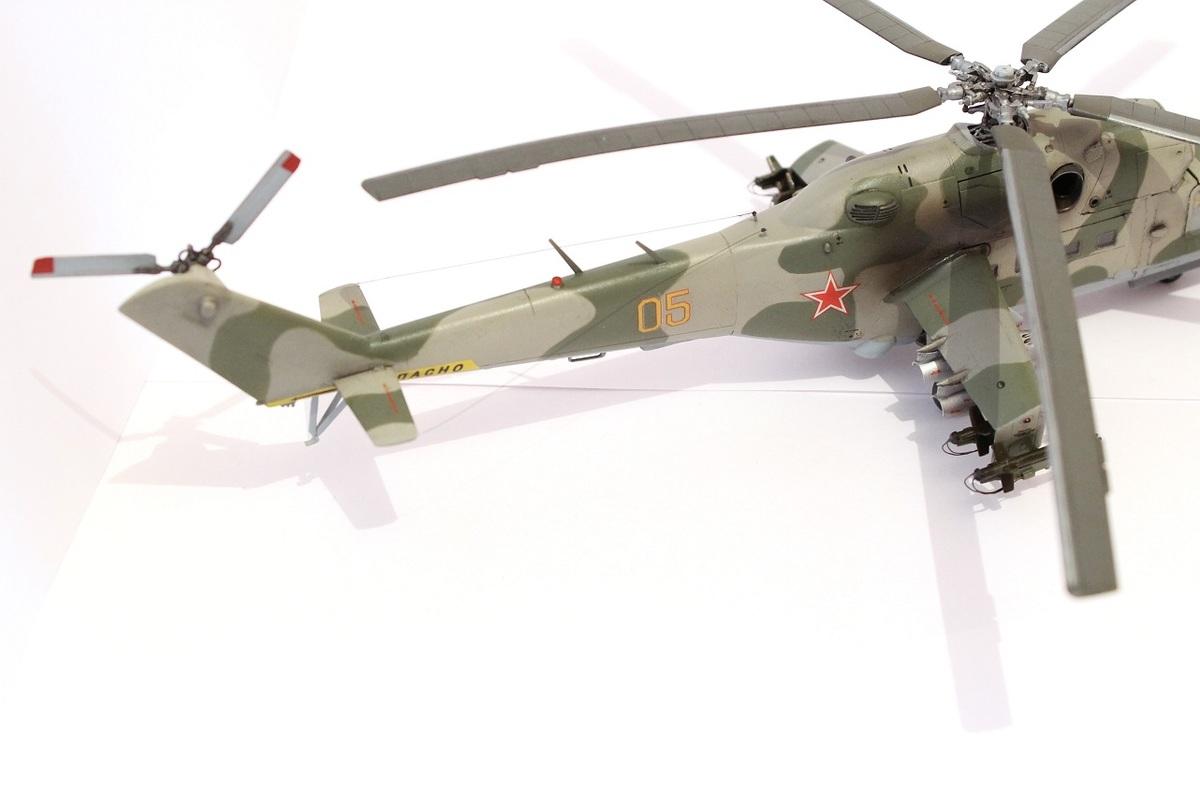 Ми-24А Звезда 1/72 - Страница 3 IMG_2195