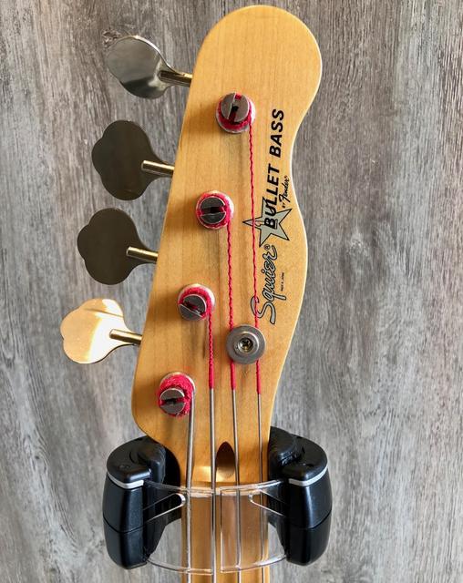 Fender Japan Standard ??? não acho serial  IMG_0189