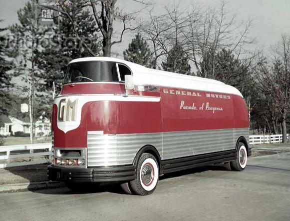 GM Futurliner 1953 1953_GM_Futurliner_01