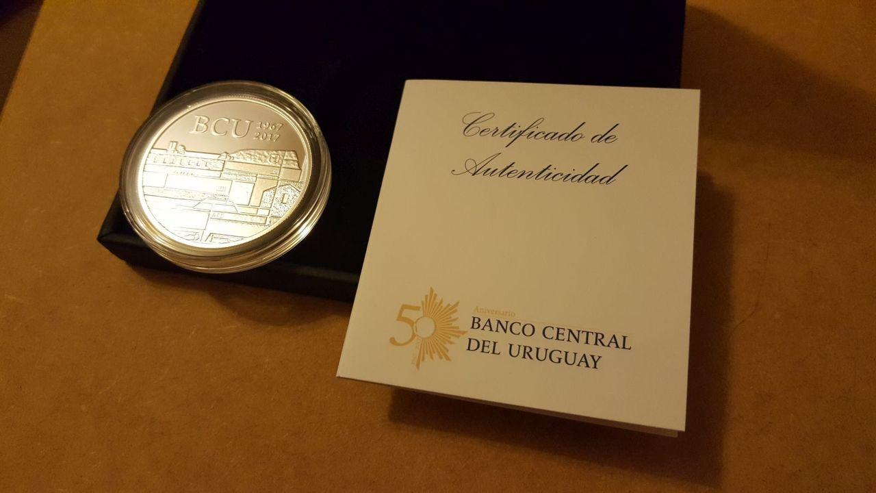 Monedas conmemorativas de Uruguay acuñadas en plata 1961 - Presente. - Página 2 20170706_220719