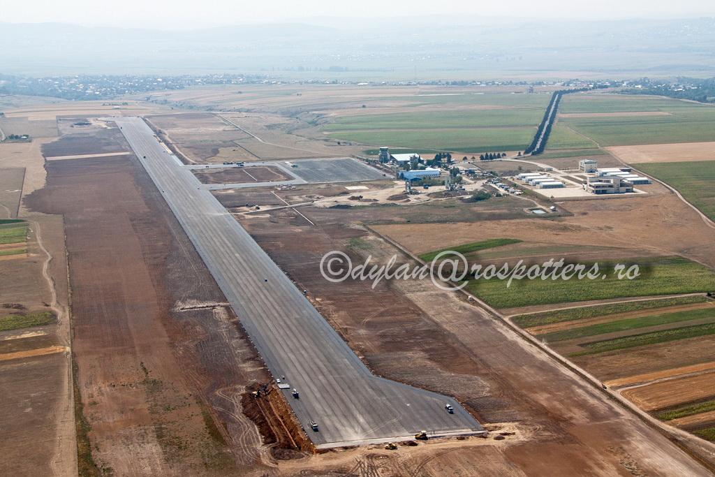 AEROPORTUL SUCEAVA (STEFAN CEL MARE) - Lucrari de modernizare - Pagina 4 IMG_2878