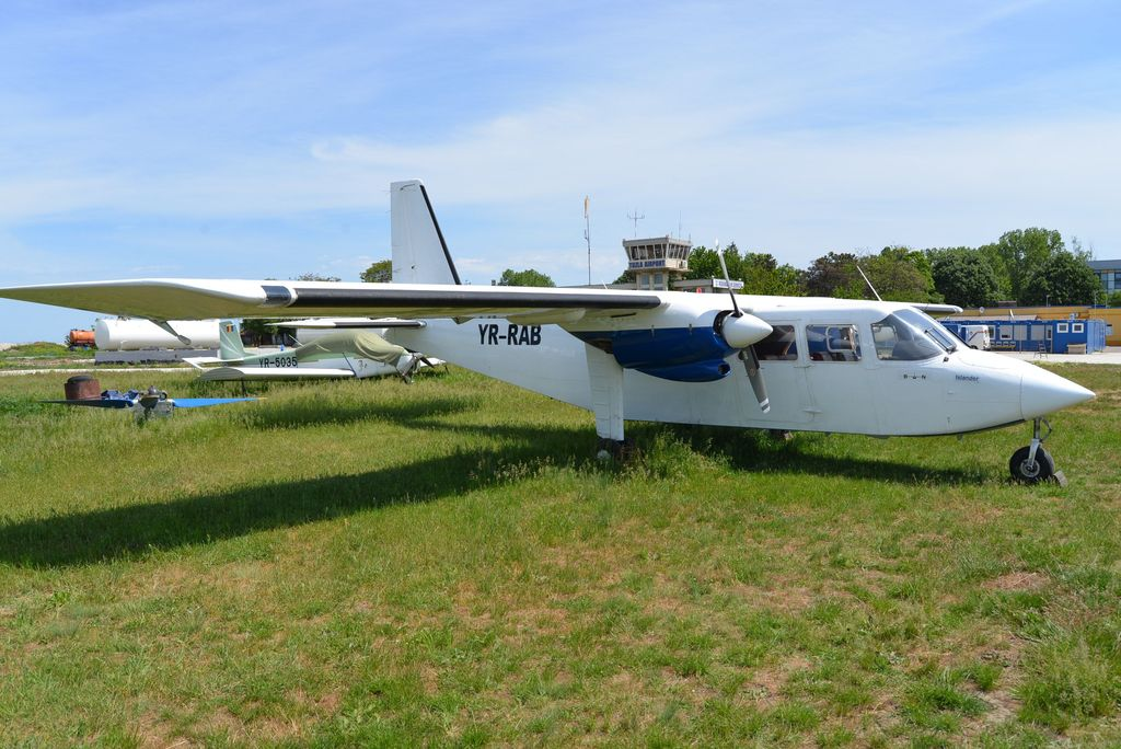 Britten-Norman BN-2 Islander - Pagina 2 DSC_1702_1