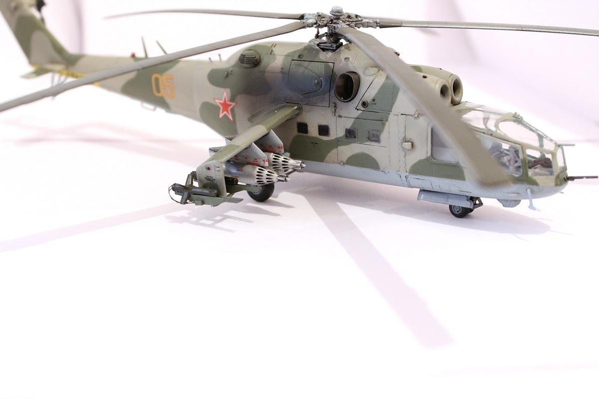 Ми-24А Звезда 1/72 - Страница 3 IMG_2208