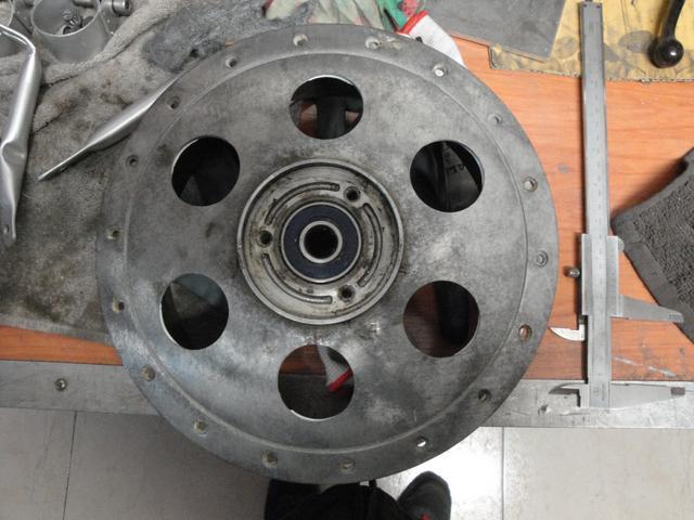 Reconstrucción Bultaco 24 Horas - Página 3 DSC05245