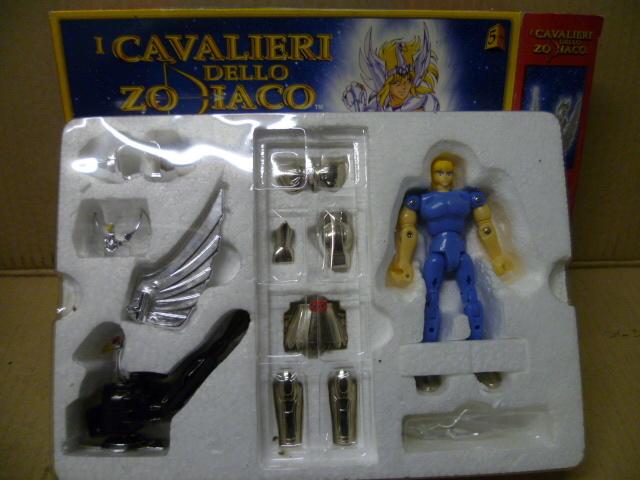 Compro cavalieri dello zodiaco a basso costo anche con pezzi mancanti. Robo_021