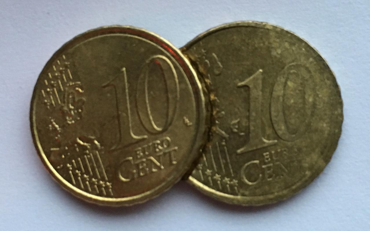 10 céntimos 1999. Francia. ¿Error o manipulación? BC8_C2_AA9-287_F-4_E48-_AFDA-26_F2_EC2_CC17_B