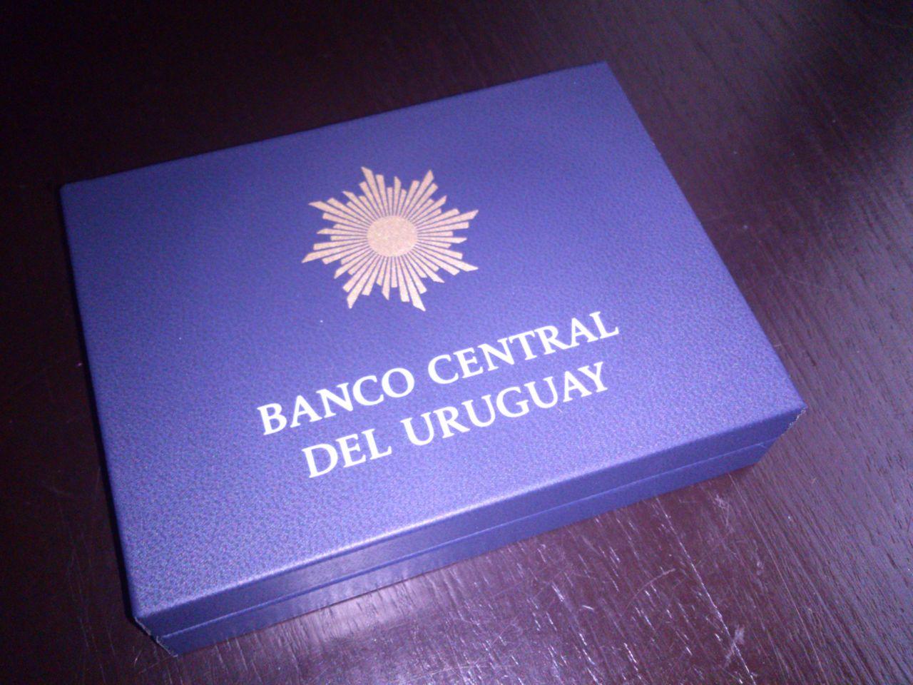 Monedas conmemorativas de Uruguay acuñadas en plata 1961 - Presente. DSC_8954