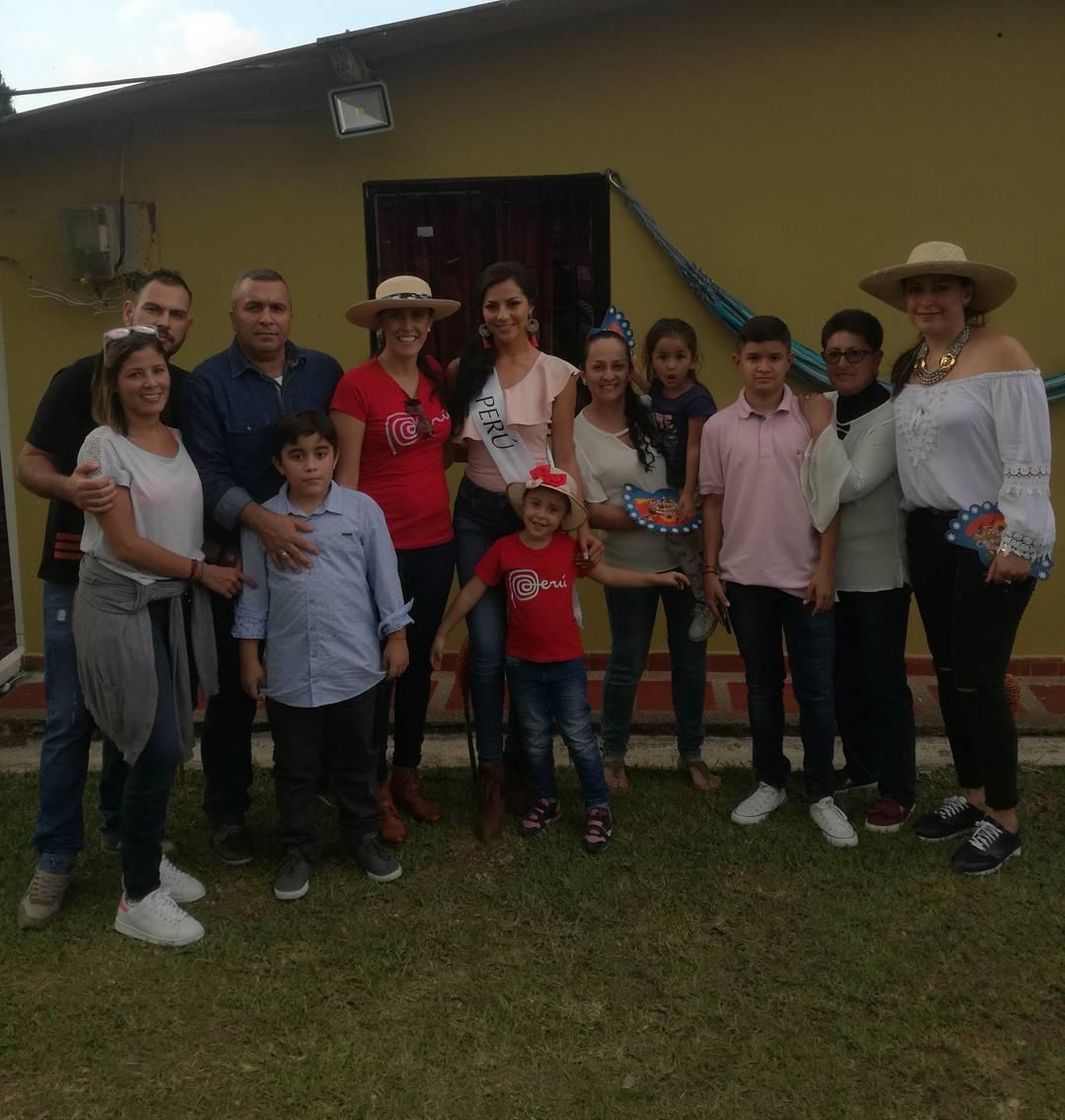 gabriela lambruschini, miss peru reyna internacional cafe 2018. - Página 3 26068900_1236292169805449_1427766645245345792_n
