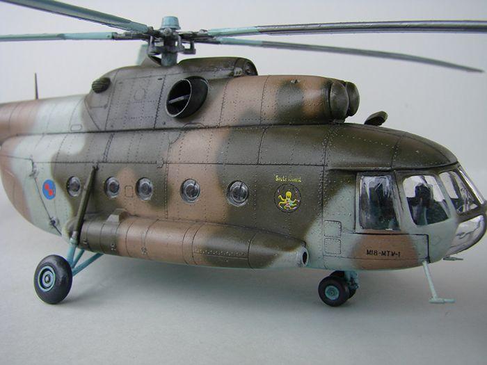 Mil Mi-8MTV-2 HRZ, Revell, 1/72 DSC04409